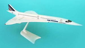 Air-France-Concorde-1-250-NEU-Herpa-Snap-Fit-605816-Flugzeug-Modell-AF