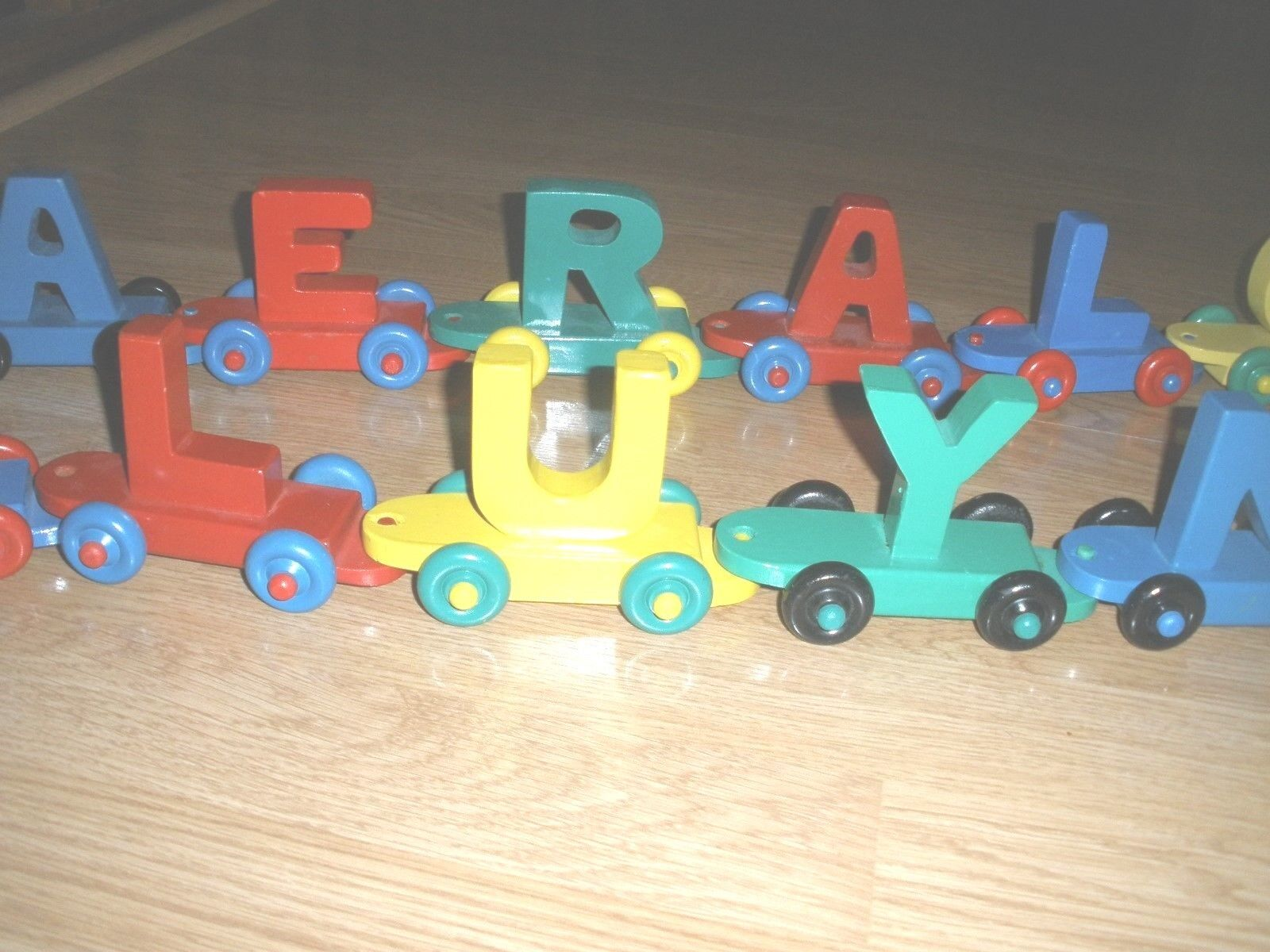 VTG Wooden Train Train Train LETTER Set 16 PCS - Train Toys Set Includes 2 Engines-Toy Train 31be1f