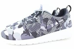 a42c806cb0288 Nike Roshe Run Print Men Size 11.5 Summit White New Rare Authentic ...