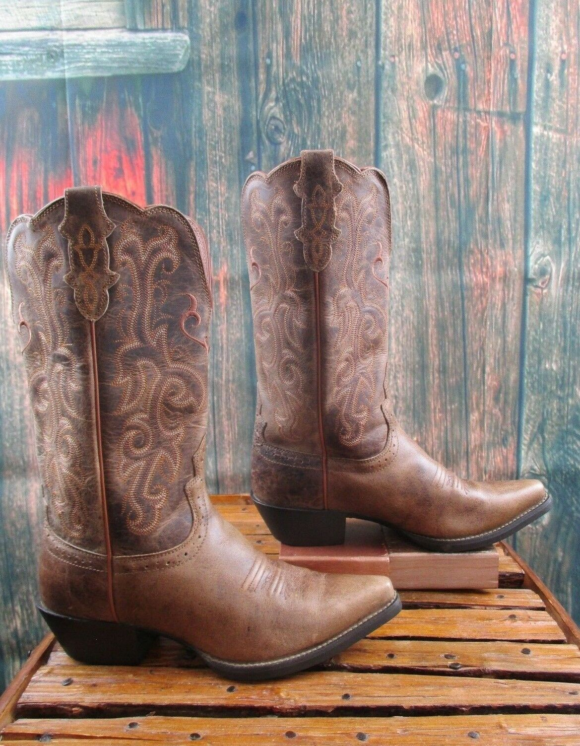 Ladies Justin Brown Leather With  Embroidered Detail Cowgirl Boots Sz 7.5 B