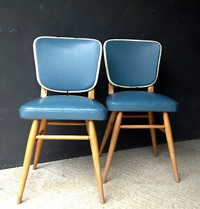 PAIR-OF-RETRO-VINTAGE-MID-CENTURY-VINYL-KITCHEN-BEDROOM-DINING-CHAIRS-CAFE