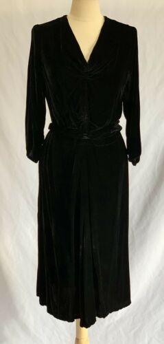 Vintage 1930's Black Velvet Dress with Ruched Bodi
