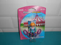 17.4.17.4 Playmobil Promo Figurine Personnage Playmo Friends 6826 Acrobat Cirque