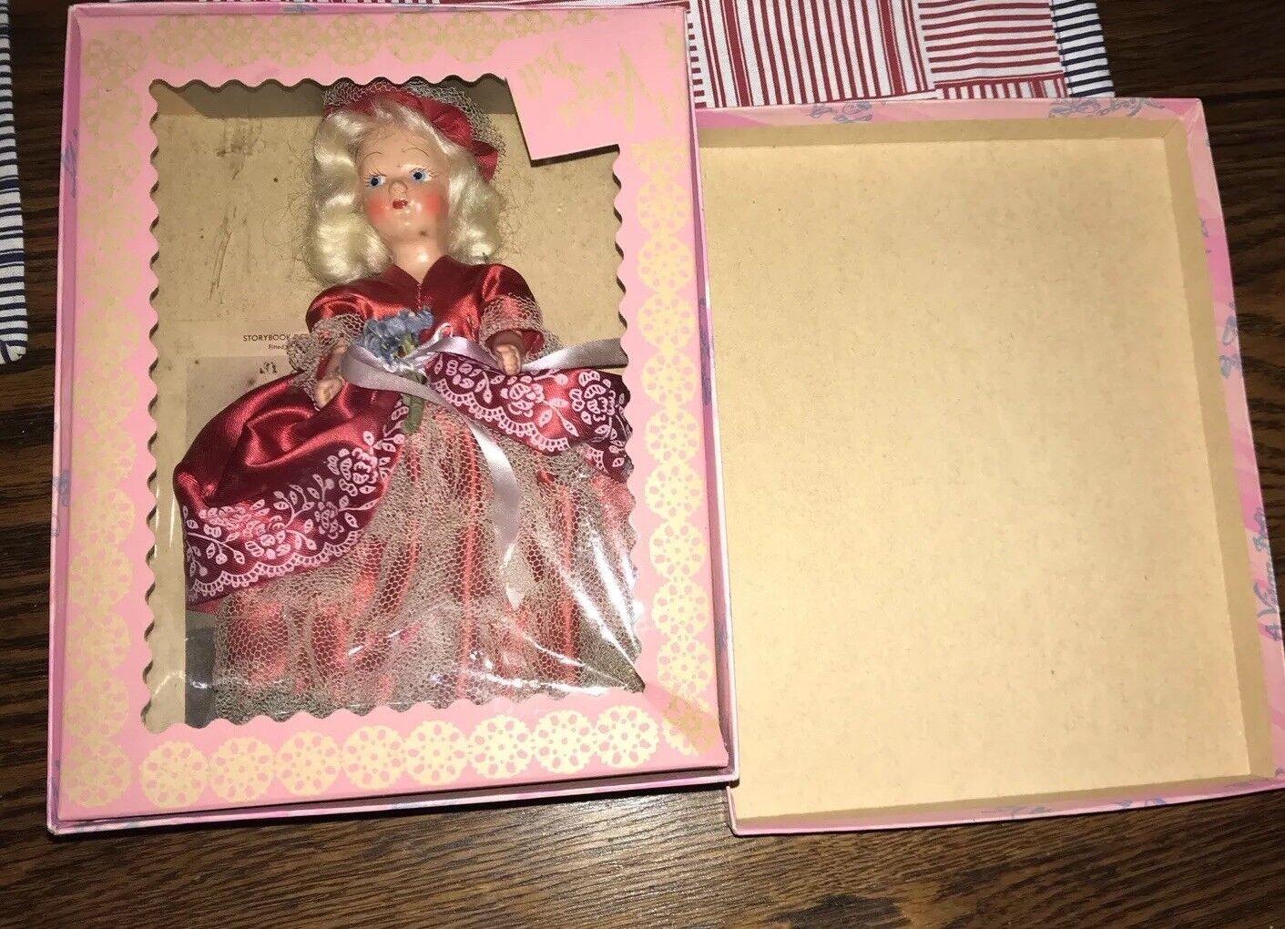 Martha Washington un Virga MUÑECA en caja original con tapa, muy buen estado