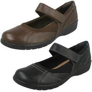 Femmes-Clarks-Leather-crochet-et-boucle-Chaussures-E-convient-cheyn-toile