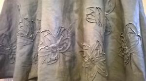 Ladies-Monsoon-linen-skirt-in-olive-green-with-flower-detail-size-8