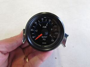 Vdo air pressure gauge 150 psi 1 122 015 019 151 502b black face image is loading vdo air pressure gauge 150 psi 1 122 publicscrutiny Image collections