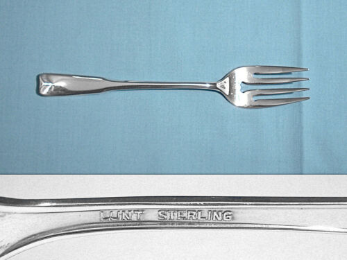 ~ COLONIAL THEME ~ NO MONO LUNT STERLING SALAD FORK S