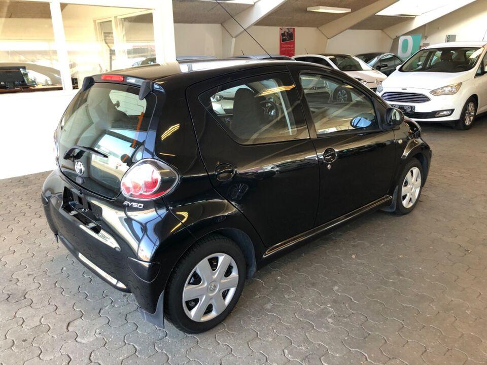 Toyota Aygo 1,0 Plus Benzin modelår 2010 km 158000 nysynet
