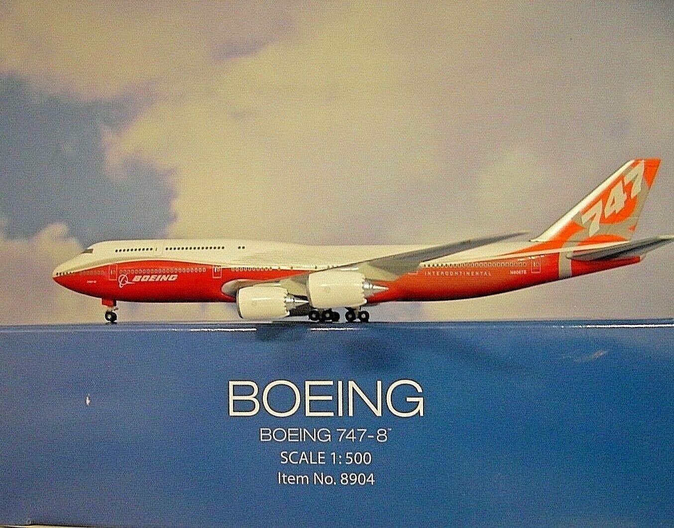 Hogan Wings 1 500 500 500 Boeing 747-8 Boeing House color N6067E Nr8904 Modellairport500 8cf500