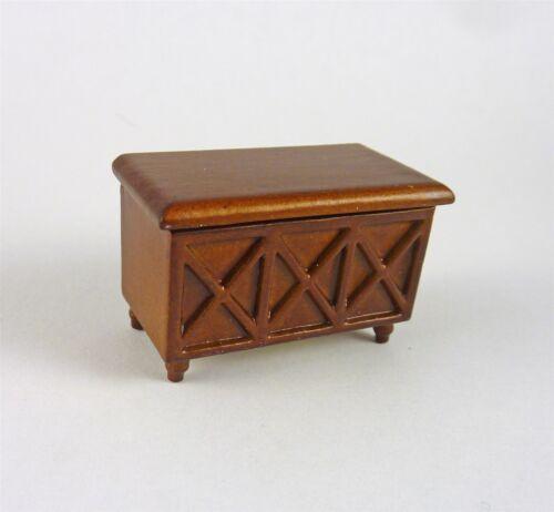 A232.5 Dollhouse Miniature HALF SCALE 1:24 Spice Toy Box