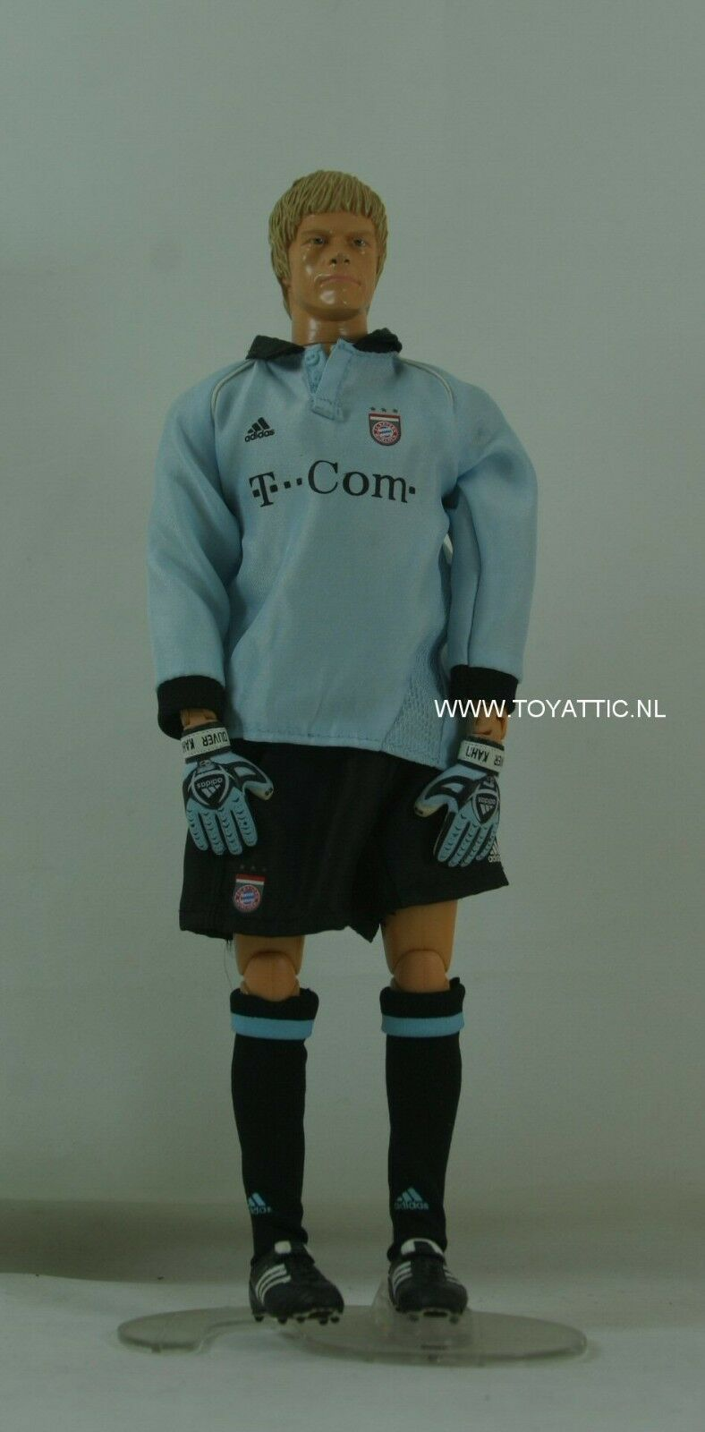 Oliver Kahn fútbol muñeca por Revell para FC Bayern Munchen en moda de Adidas