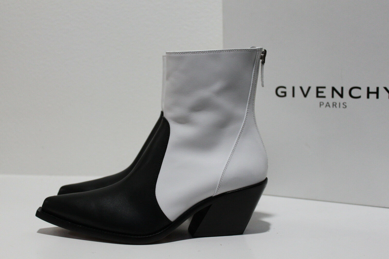 New sz 6   36 Givenchy Black & White Leather Cowboy Ankle Bootie Heel shoes