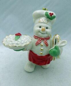 Lenox-Annual-Snowman-ornament-2012-Snowman-with-a-Pie-the-Snowy-Baker-EUC