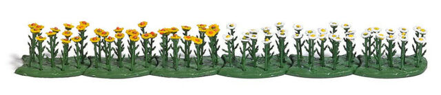 HO Scale Scenery - 1243 - 70 Oxeye Daisies - White/Yellow