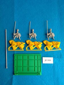 Battle-Masters-3-Caballeros-del-Imperio-Montados-con-Base-de-Unidad-JU333