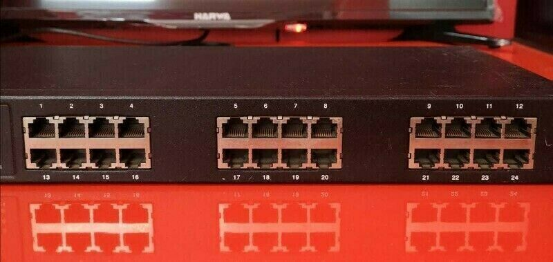 Accton 24 Port Network Switch