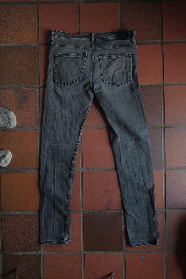 Jeans, Weekday, str. 32 – dba.dk – Køb og Salg af Nyt og Brugt