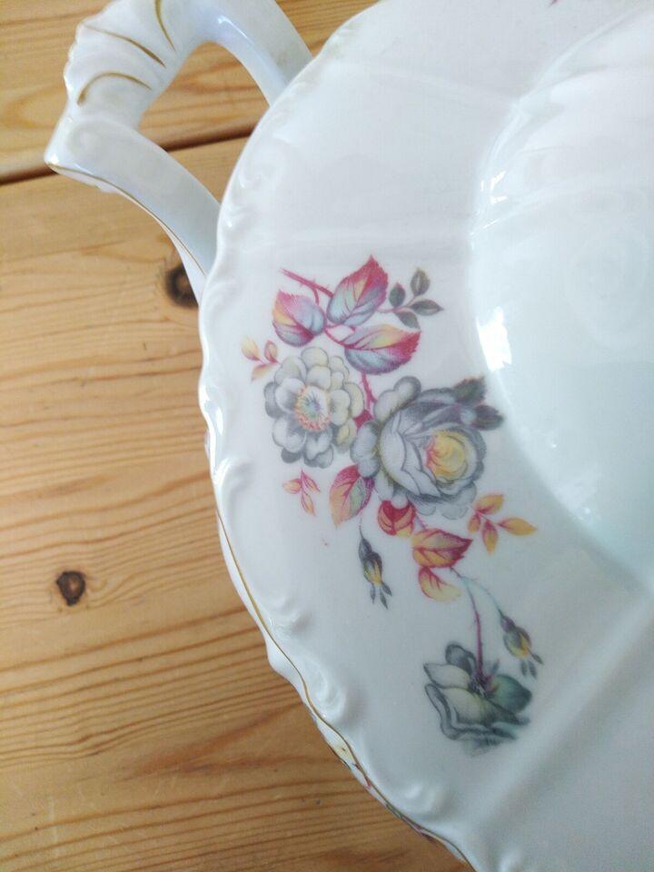 Porcelæn, En flot terrin/skål, ?
