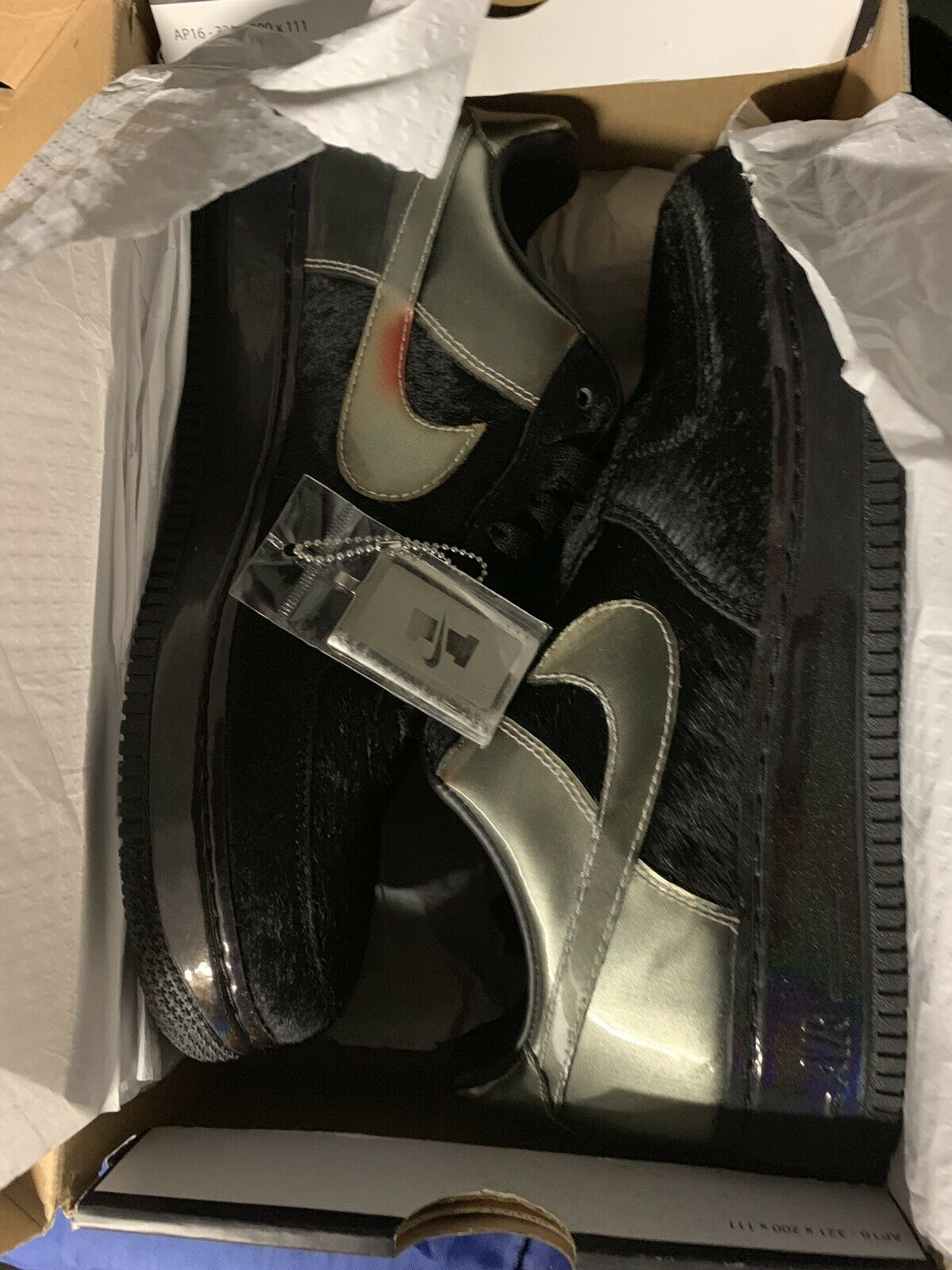 Size 9.5 - Nike Air Force 1 Low Supreme
