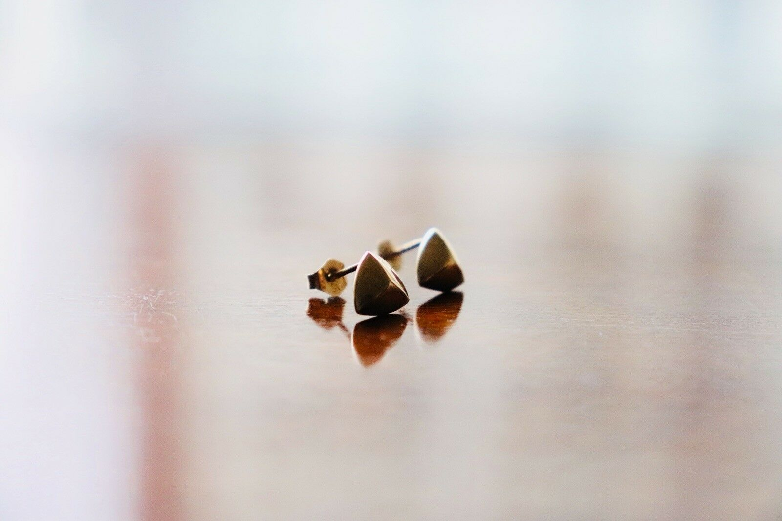 gold Plated Pyramid Stud Earrings Tiny Geometric Triangle Symmetry Cute Talisman