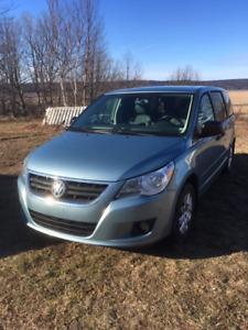 2009 Minivan $1750.00