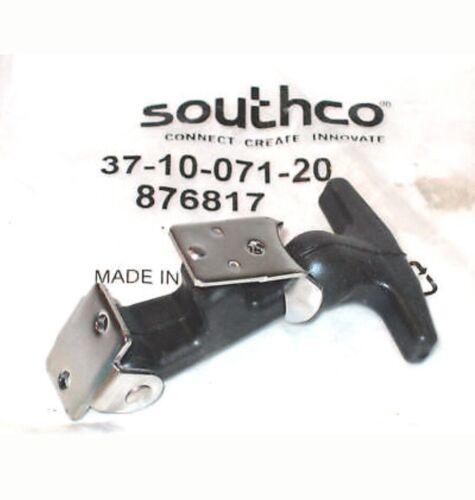 Qty 3   FLEXIBLE DRAW LATCH PULLSTRAP 37-10-071-20 SOUTHCO  3 piece lot