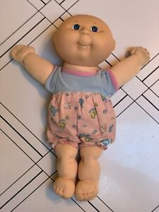 Vintage1990-Cabbage-Patch-Doll-Hasbro-First-Edition-Original-Clothing-Blue-Eyes