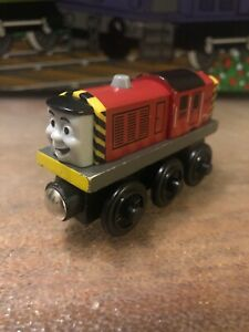 Genuine-Fisher-Price-Thomas-amp-Friends-Wooden-Railway-Train-Salty-Used