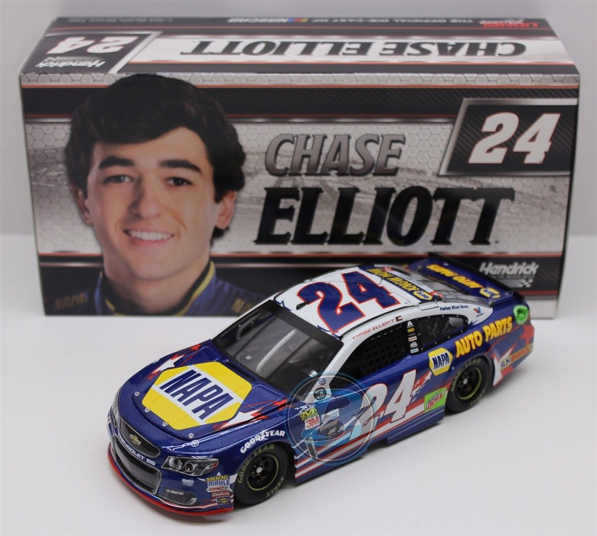 NASCAR 2017 CHASE ELLIOTT   24 patriotique NAPA Auto Parts 1 24 voiture