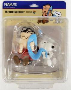 Medicom-UDF-458-Ultra-Detail-Figure-Peanuts-Series-9-Linus-amp-Snoopy