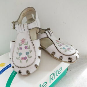 Schuhe Gr28 Rosa Details Bestickt Stride Weiß Rite Sandalen Leder Zu Stickerei iuwXlkPOZT