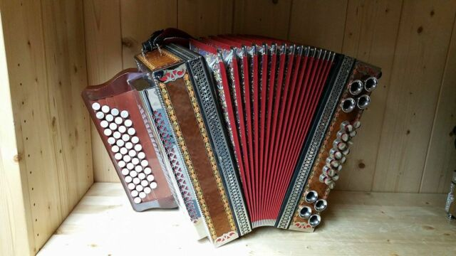 Steirische Harmonika Ekart G C F B mit Koffer & Riemen
