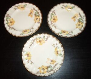 3-Limoges-USA-YELLOW-DAISY-with-Gold-Trim-6-034-Bread-amp-Butter-Plates