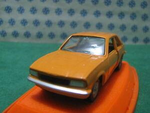 Vintage-OPEL-ASCONA-1-43-Auto-Pilen