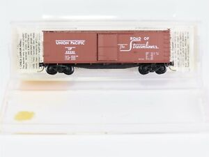 N-Scale-MTL-Micro-Trains-39010-UP-Union-Pacific-40-039-Wood-Box-Car-42233-RTR
