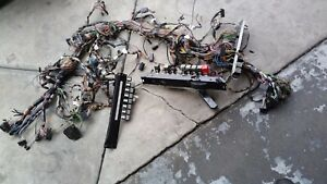 81 - 91 ROLLS ROYCE SILVER SPUR under dash,fuse box and relays ...