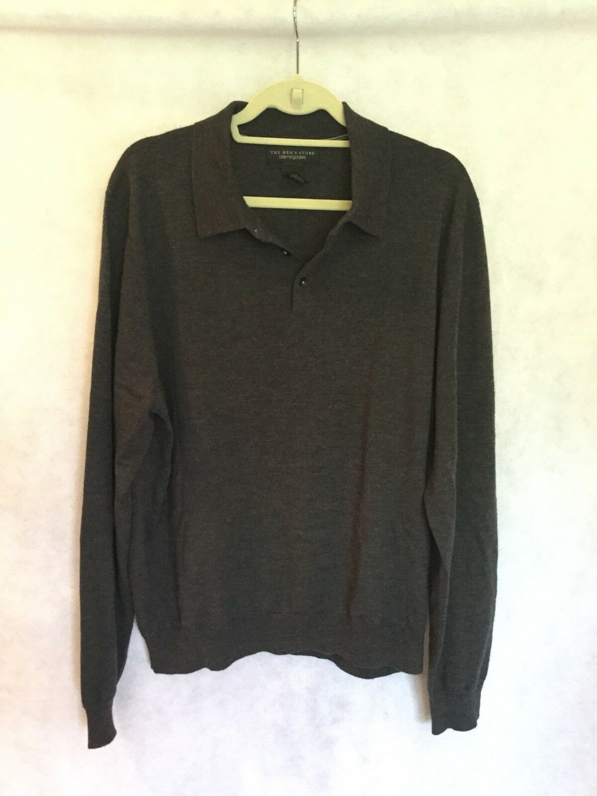 """BLOOMINGDALES """"THE MEN'S STORE"""" CHARCOAL WOOL LONG SLEEVE COLLARED SWEATER-SZ XL"""