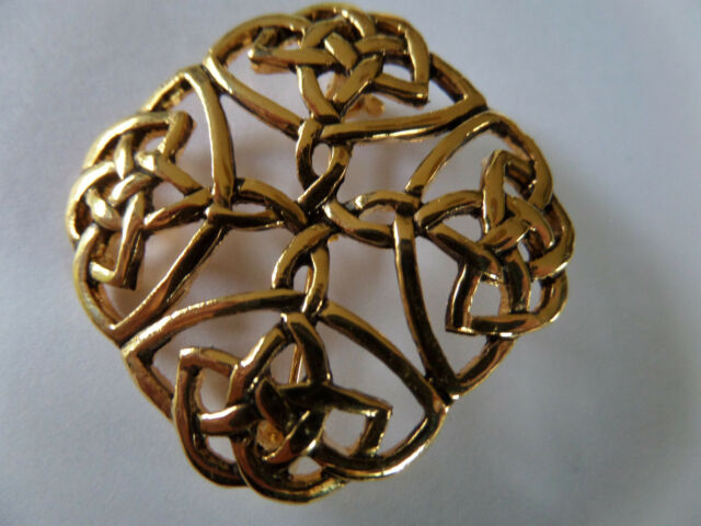 CELTIC MYSTICAL SQUARE NEVER ENDING  LOOP KNOT GOLD COLOURED BROOCH new boxed