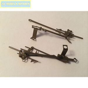 X9076W-Hornby-Spare-Valve-Gear-Set-amp-Screws-for-Black-5-Loco-Wthrd