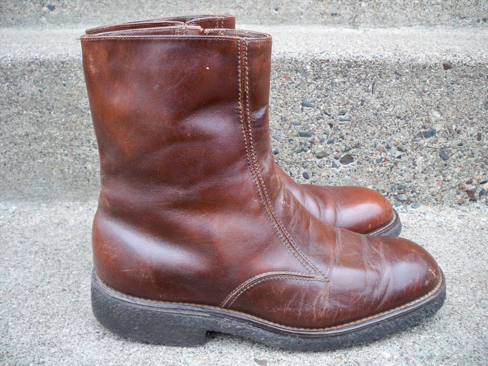 4e8b959f46 Vintage Leather Men s Work Wool Lined Lined Lined Insulated Beatle Riding  Mod Hippie Boots 9 d7942f