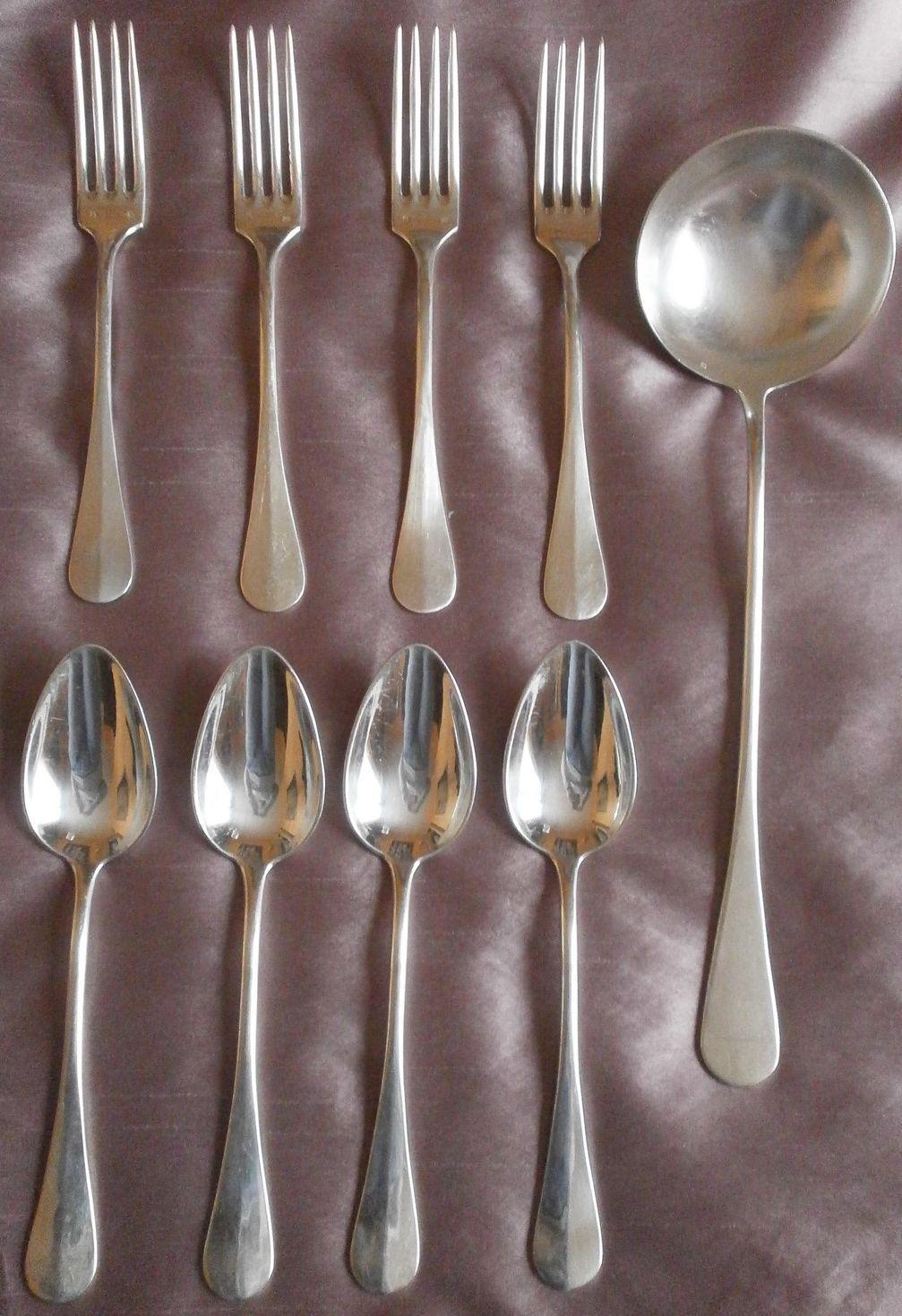 4 couverts de ménagère & 1 louche métal argenté modèle Baguette