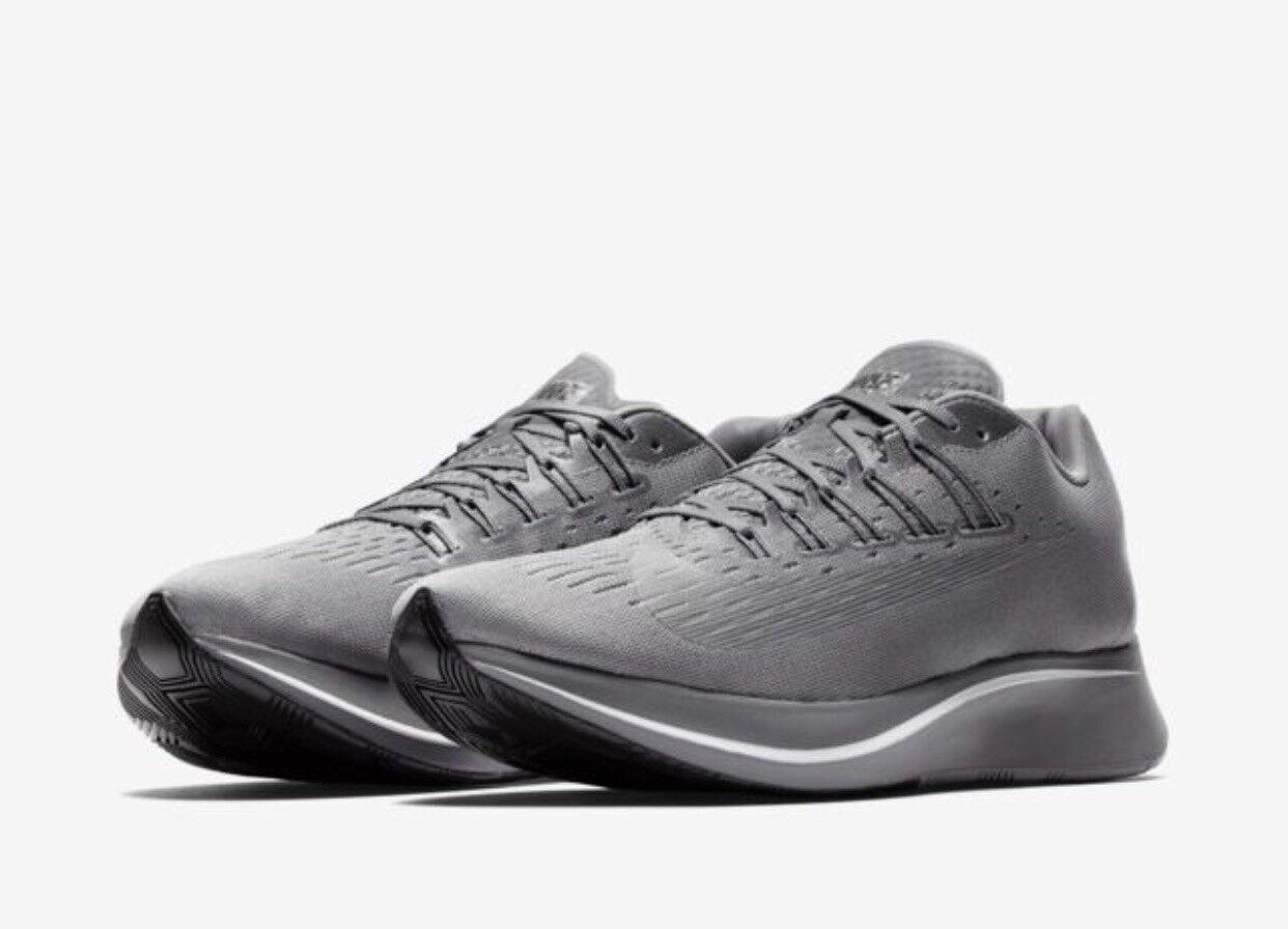 Nike ZOOM FLY UK 12 EU 47.5 grau Running