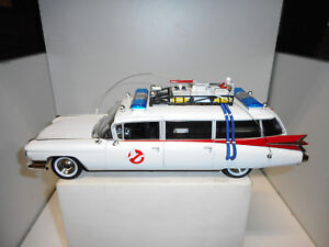 CADILLAC-1959-ECTO-1-GHOSTBUSTERS-AUTO-WORLD-1-18
