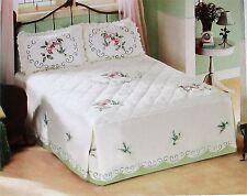 Floral Hummingbird Bedspread - King Size