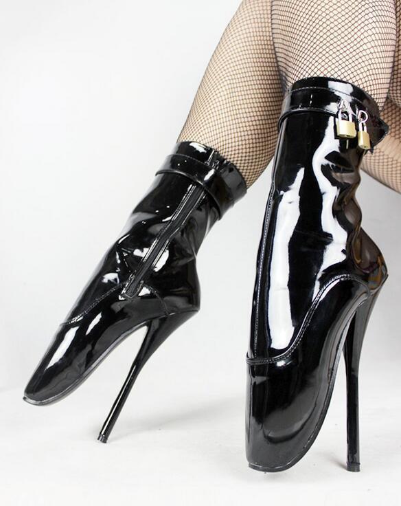 Boot heel sexy stilettos masturbate with