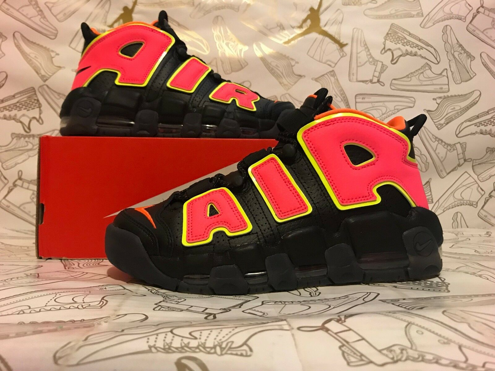 Nike W Air More Uptempo Black Hot Punch Volt Pippen 917593-002 Women's Size 7.5