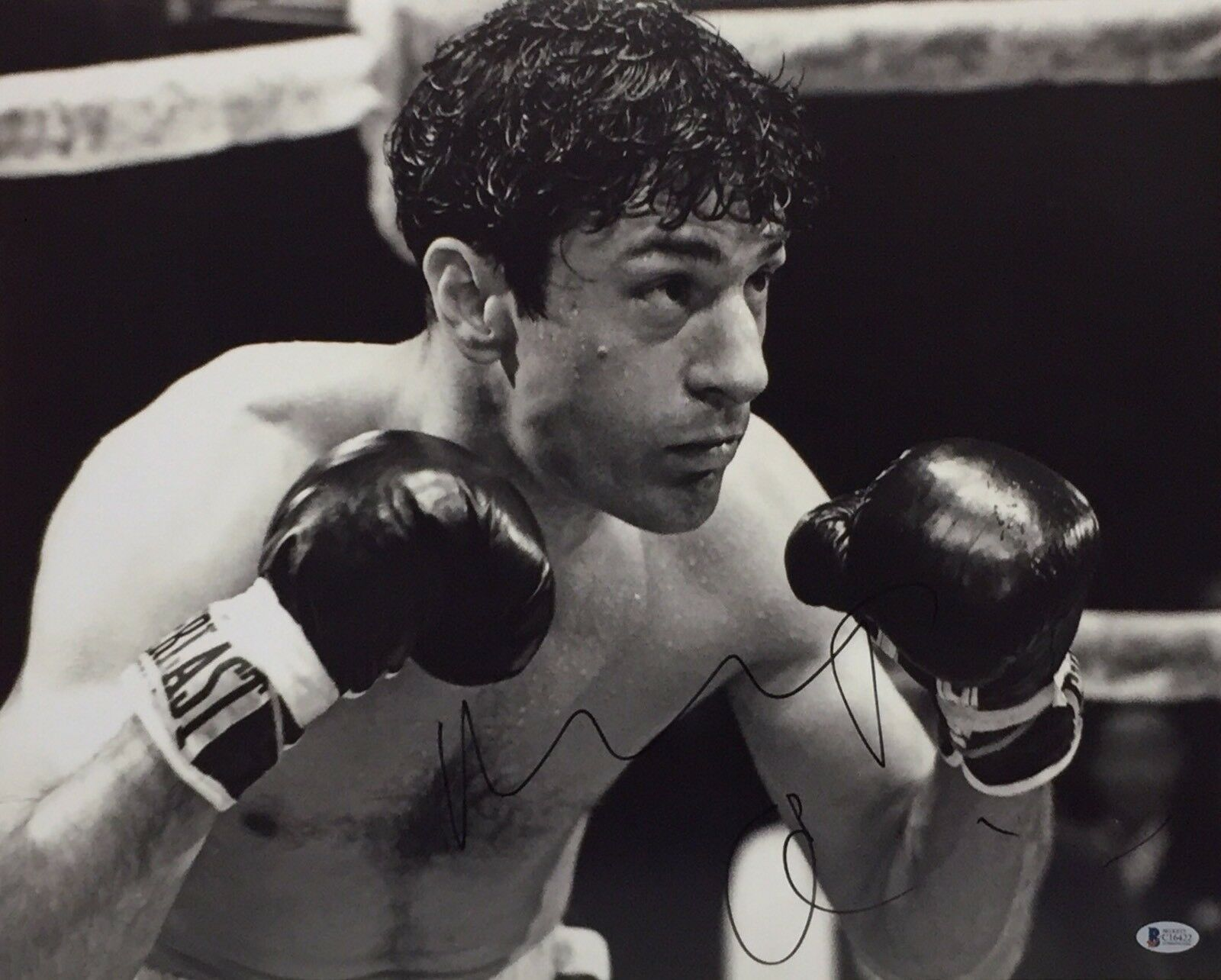 Robert De Niro Signed 'Raging Bull' 16x20 Photo *Jake La Motta Beckett BAS