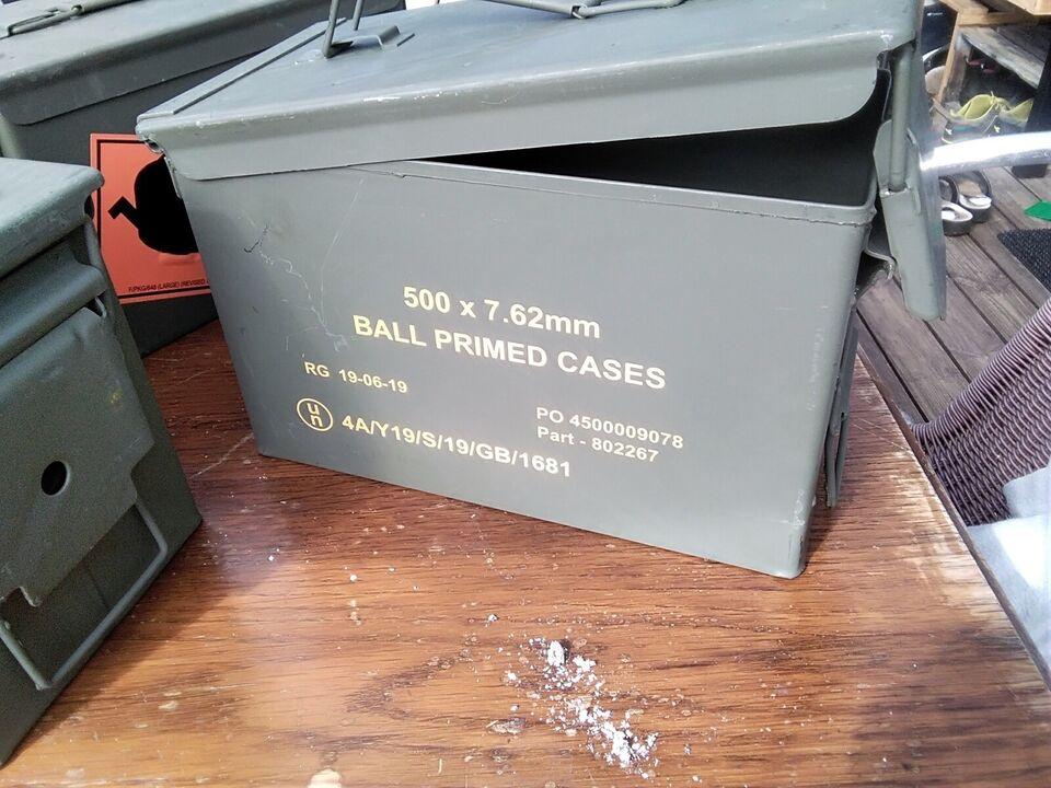 Metal kasser, Ammunitionskasse