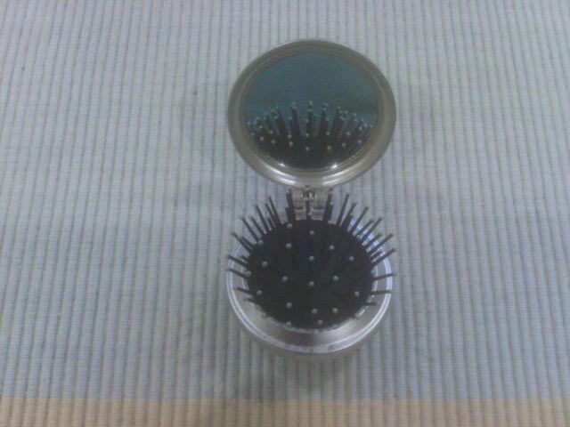 Collectable Original Avon Advance Techniques Compact Brush